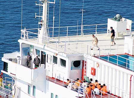 Somalia_pirates.03