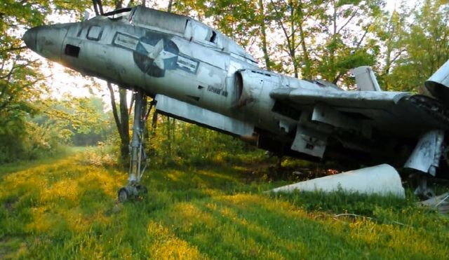 An Abandoned Graveyard For Abandoned Airplanes Telstar
