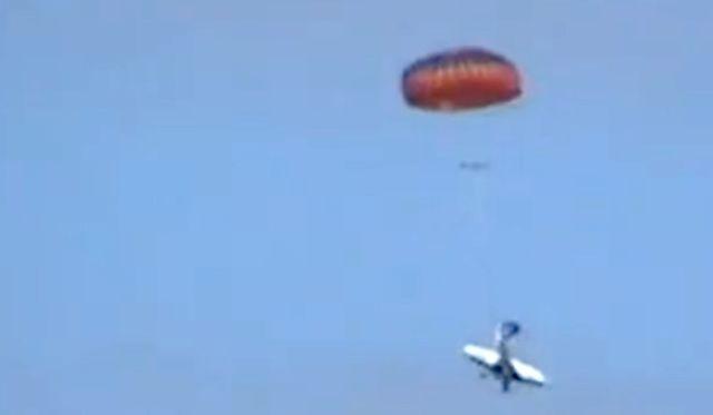 Ballistic.parachute