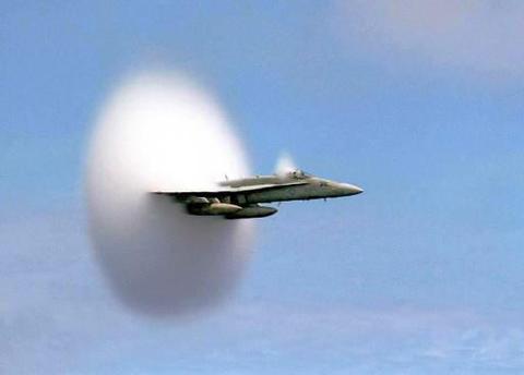 F18cloud2